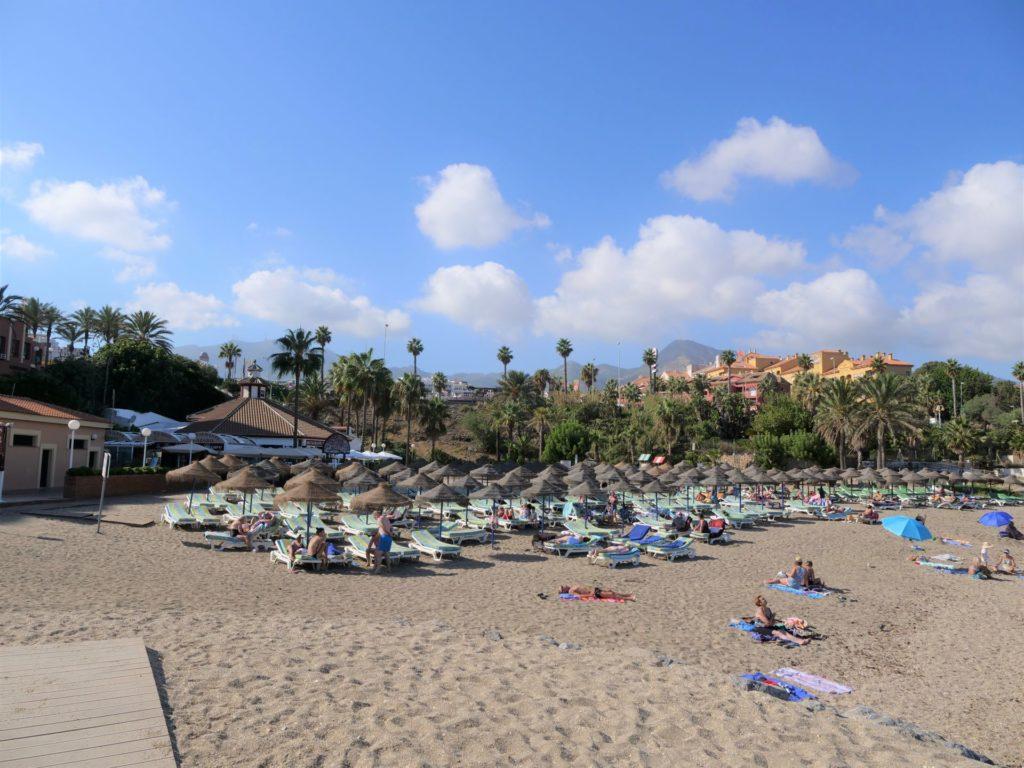 plaże Benalmadeny